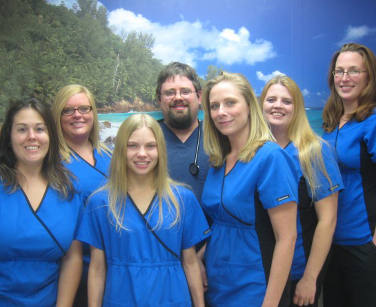 Dr-Group-Photo-595x446